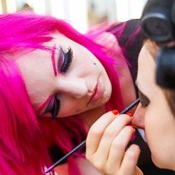Bombshell Makeup