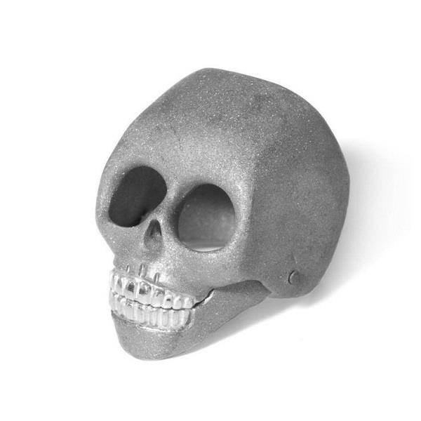 Rhodium plated skull shaped alternative wedding ring by Flavie Michou