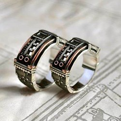 21 Alternative Wedding Rings