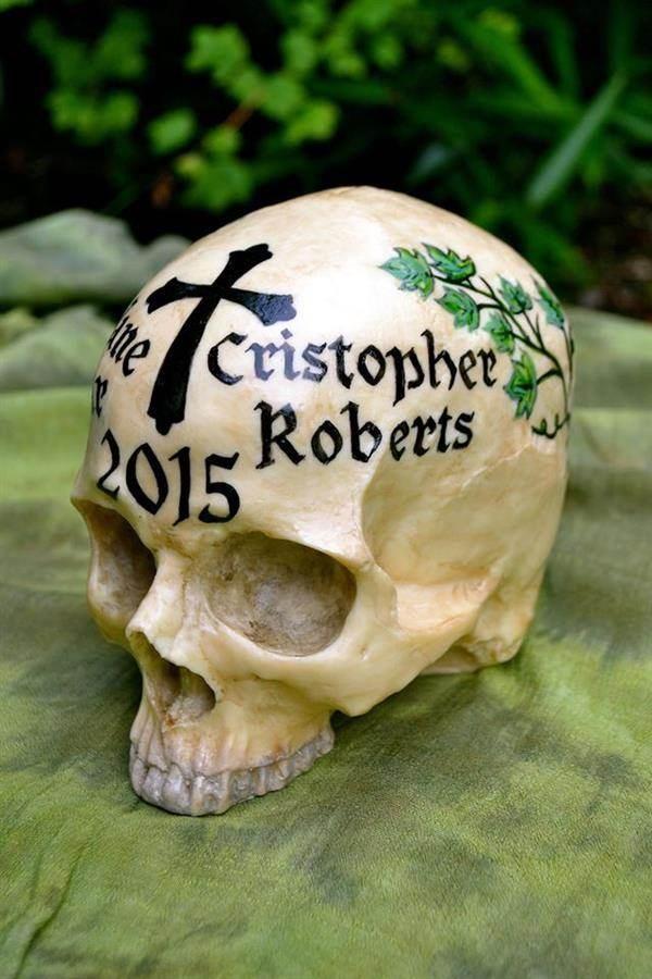 Wedding skull edible art by Conjurer's Kitchen
