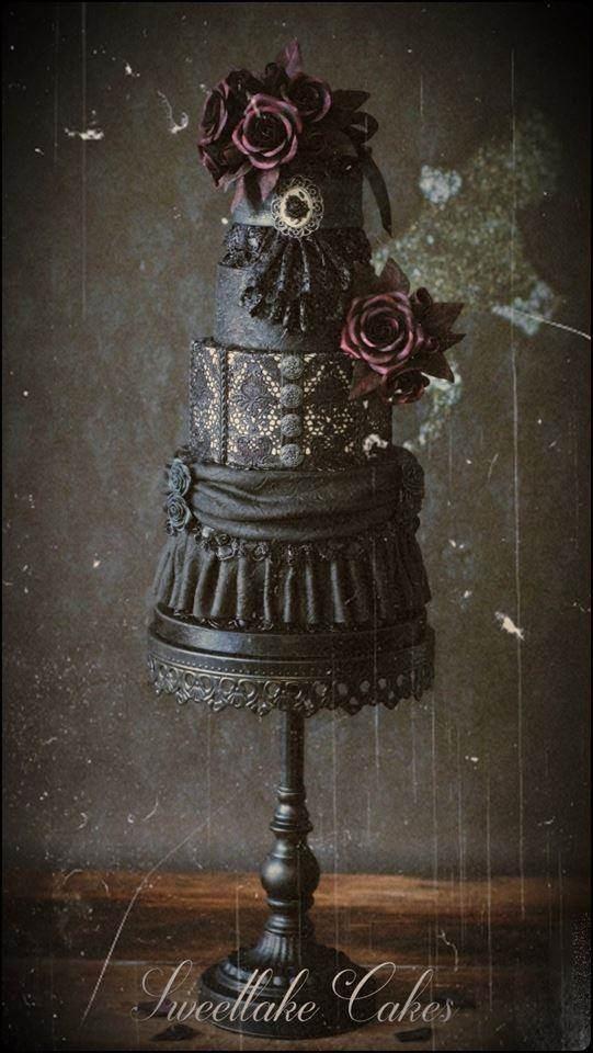 Gothic wedding cake by Sweetlake Cakes