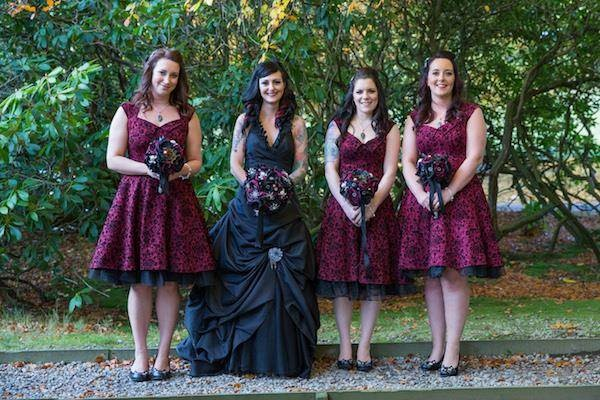 Gothic bride with her bridesmaids