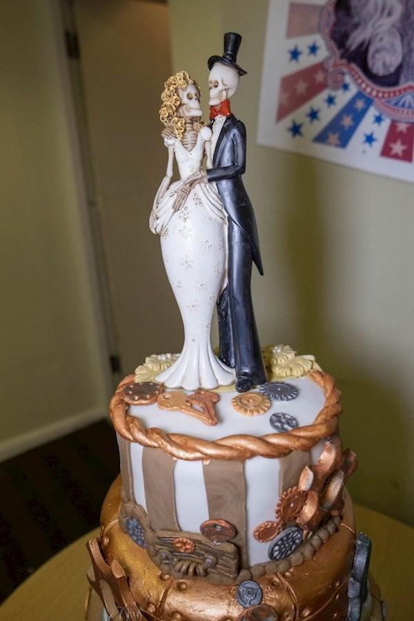 till deathe do us part skeleton wedding cake topper