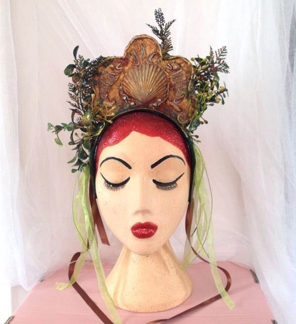 This headdress is fit for a mermaid with it's ocean themes.