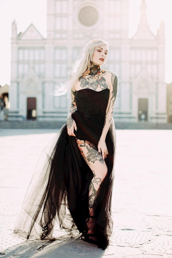Black wedding dress from Sara Gambarelli | Misfit Wedding