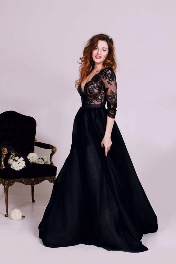 V-neck black wedding dress from Cathy Telle | Misfit Wedding