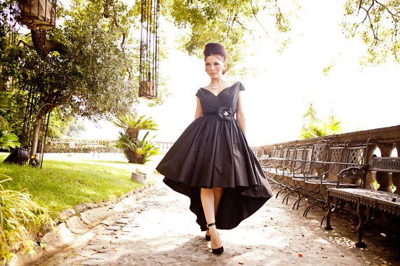 1960s style black dress from Ela Siromascenko | Misfit Wedding