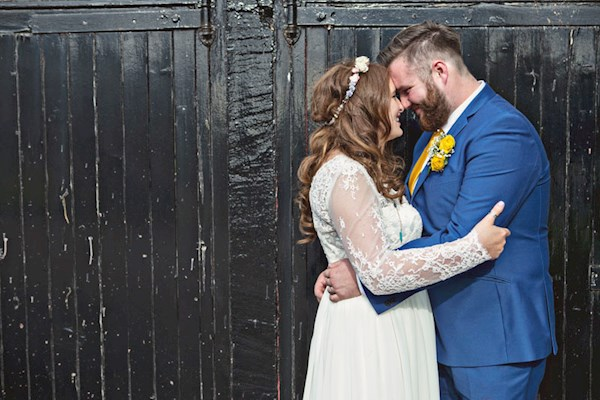 Alternative wedding photography by Lorna Lovecraft | Misfit Wedding