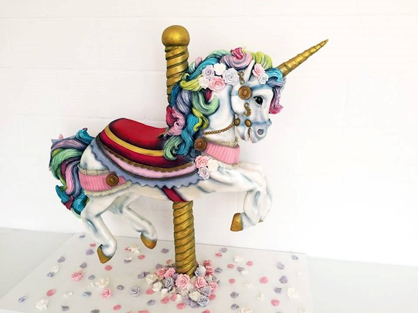 Unicorn wedding cake from Tattooed Bakers | Misfit Wedding