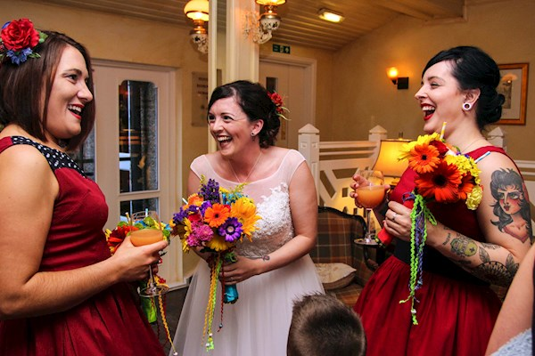 Day of the Dead wedding - Bride with bridesmaids