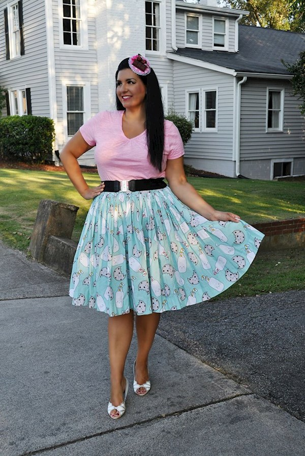 Cute milk and cookies fifties pinup style skirt from Sarsparilly | Misfit Wedding