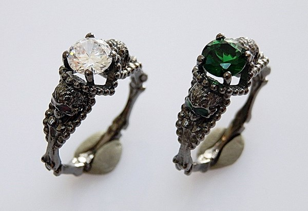 Gothic engagement rings from PMD   Misfit Wedding