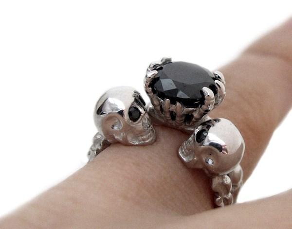 Skull wedding and engagement ring set from Rickson Jewellery   Misfit Wedding