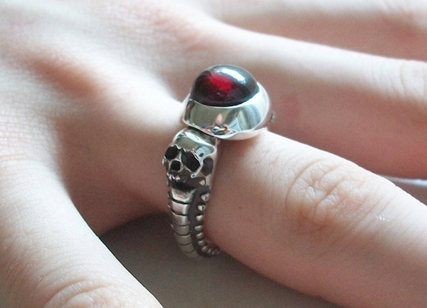 Red Garnet Skull Ring from Silveralexa | Misfit Wedding