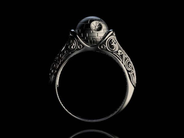 Star Wars Engagement Ring from Alien Forms | Misfit Wedding