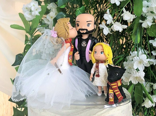 Custmised Harry Potter wedding cake topper from Playcraft | Misfit Wedding