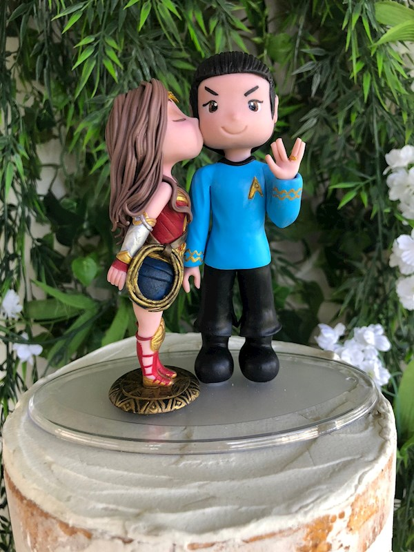 Wonder Woman and Star Trek caketopper from Playcraft | Misfit Wedding