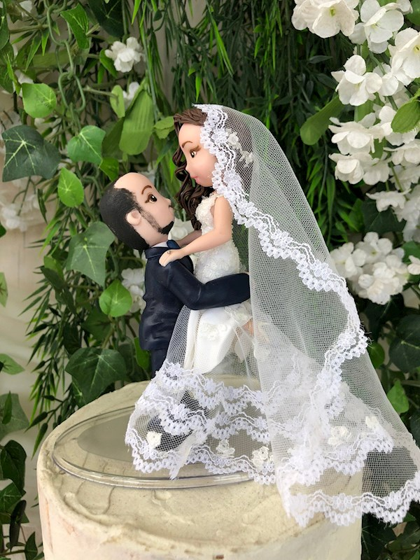 Handcrafted traditional bride and groom caketopper from Playcraft | Misfit Wedding
